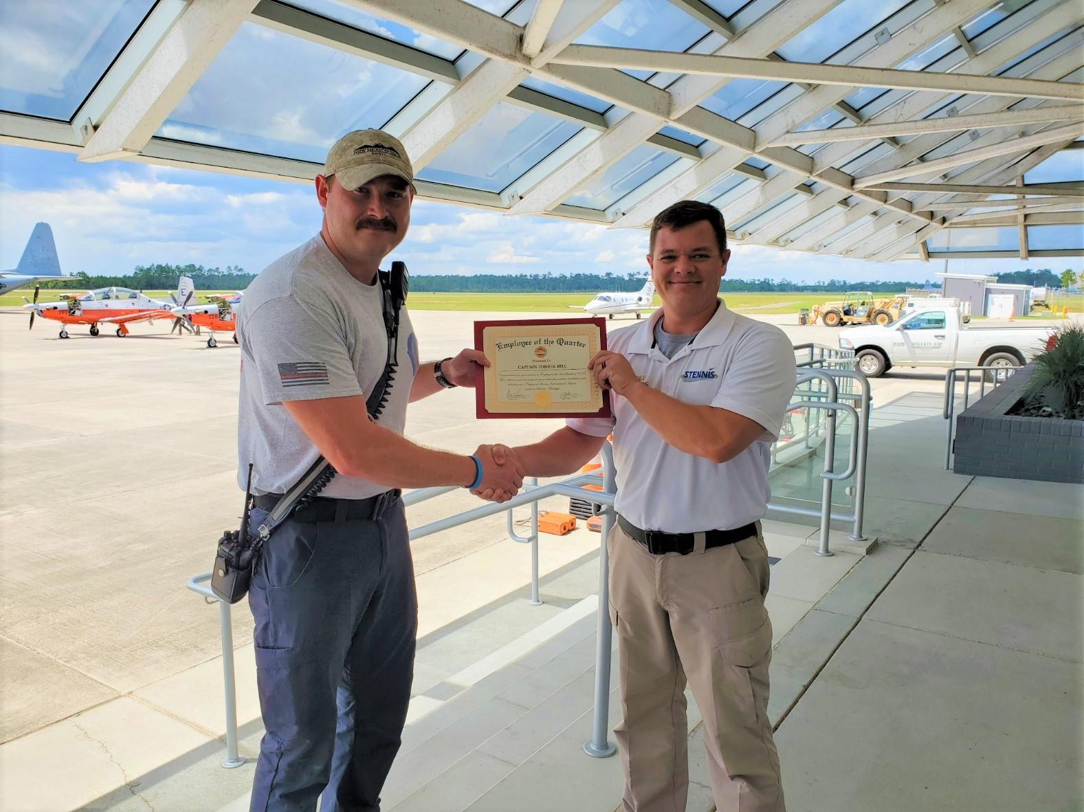 Stennis Captain Awarded Employee of 2nd Quarter